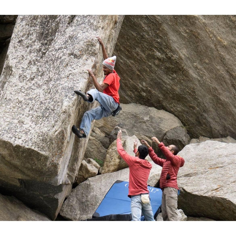 Chatru-Climbing-Point.jpg